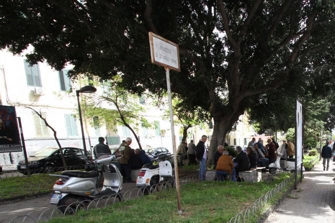 """Catania, piazza """"2 giugno 1946"""": un luogo dove regna ormai il degrado"""