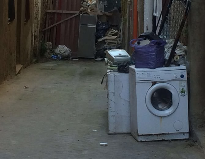 """Caltanissetta, Il degrado del quartiere Provvidenza: """"Vergogna!"""""""