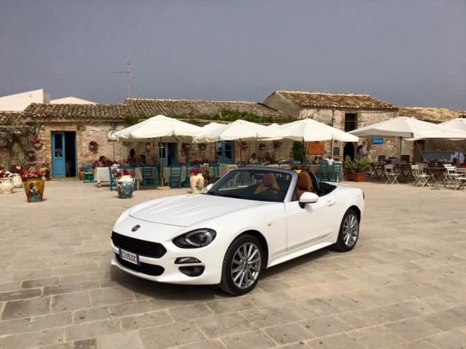 Spot Fiat 124 spider: Marzamemi e Modica scelte come location