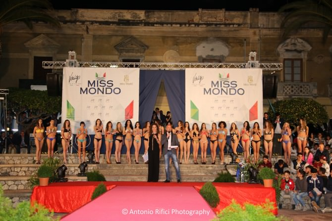 Bellezza mozzafiato a Miss Mondo Sicilia. La vincitrice è una messinese. VIDEO