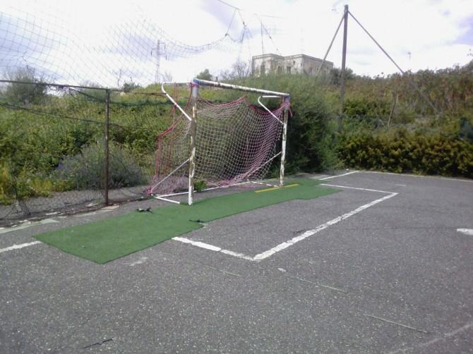 campetto calcio via pavarotti (1)