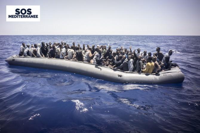 Missione Aquarius: oltre 650 migranti in questo momento sulla nave