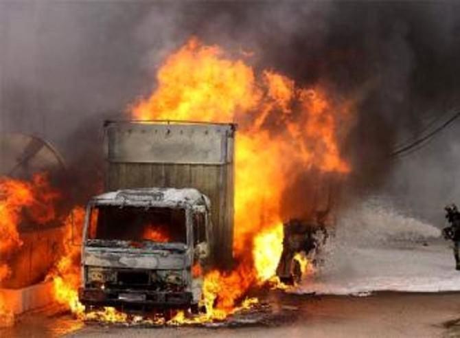 camion Decò fiamme