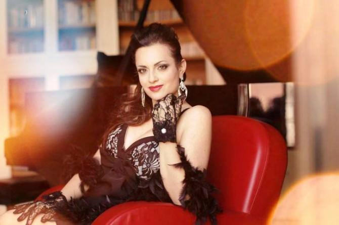 "Sabrina Messina: ""Sarò Lola in Cavalleria Rusticana"""