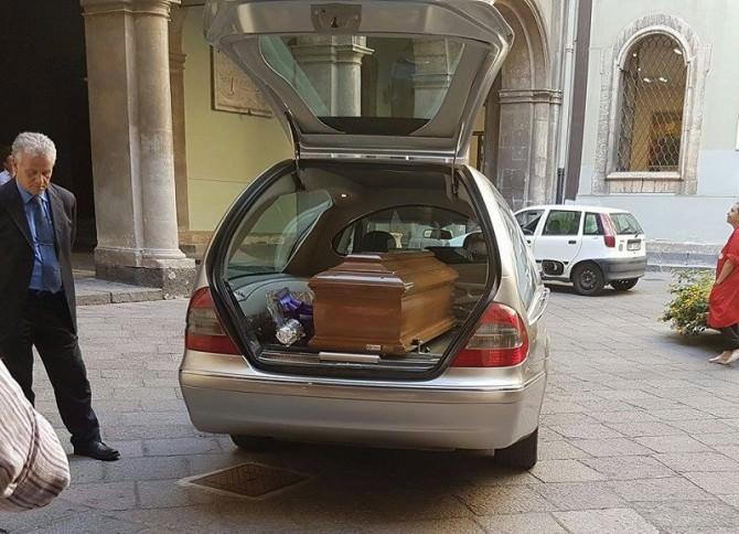 Adele Puglisi a Catania, in municipio la camera ardente