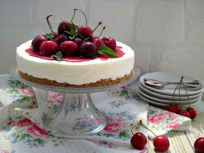 cheesecake-alle-ciliegie-senza-cottura