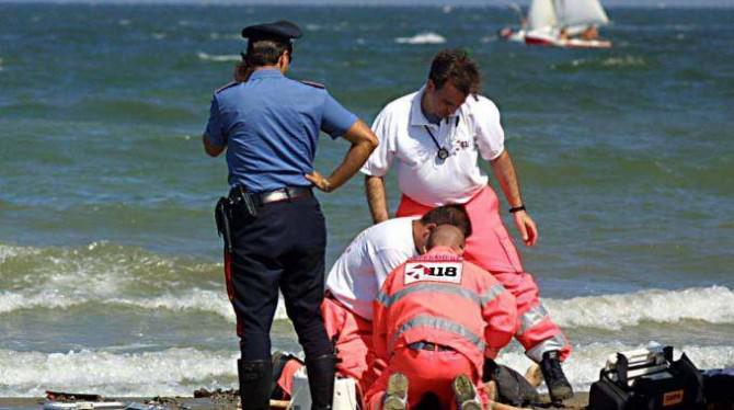 soccorsi-in-spiaggia-1