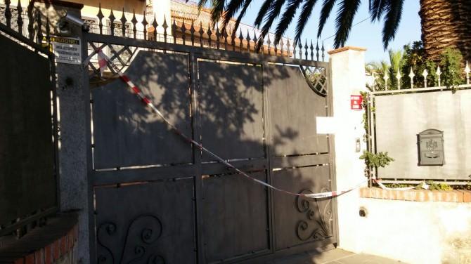 Muore bimbo a Mascalucia: villa sequestrata e mamma indagata per omicidio colposo