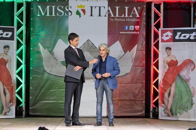 A destra il segretario nazionale Codacons, Francesco Tanasi