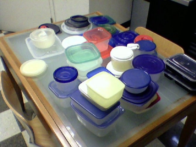 Lots_of_tupperware
