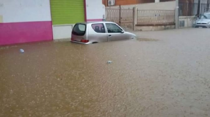 Maltempo, è caos in Sicilia: Siracusa sott'acqua
