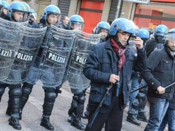 corteo_polizia