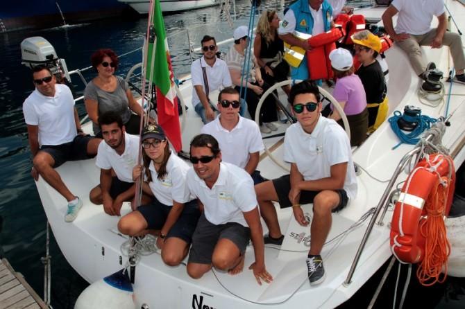 """Catania, disabili a bordo della """"Nopaquie"""" del """"Duca degli Abruzzi"""""""