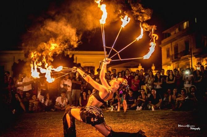 Palermo, a Piazza Magione arrivano giocolieri, acrobati, musicisti e ballerini
