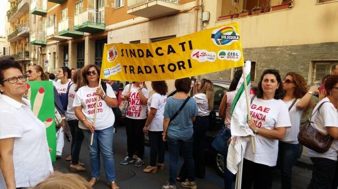 """La rabbia delle docenti Gae Infanzia: """"Ci hanno rubato la dignità e il nostro lavoro"""""""