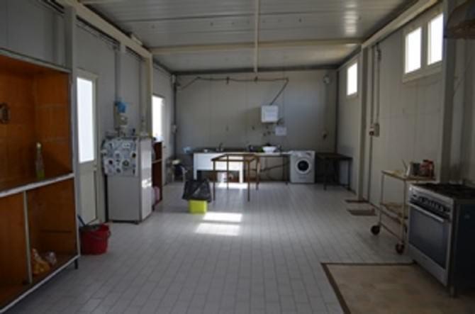 Cibo scaduto in struttura per minori extracomunitari: disposta la chiusura del centro