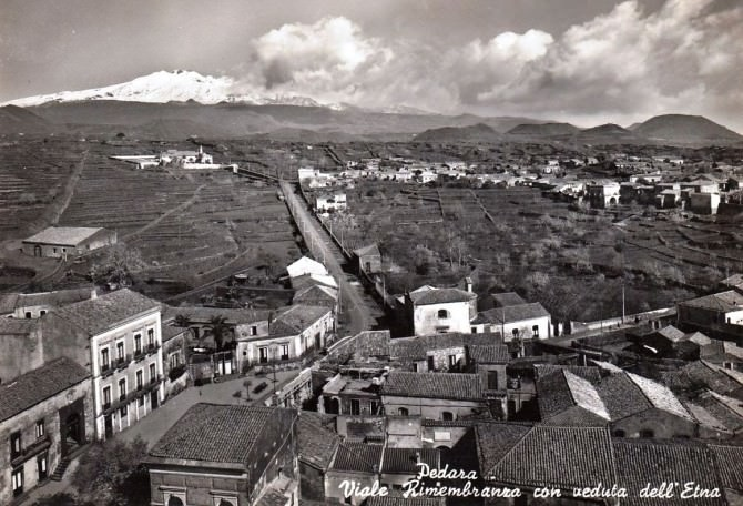 Etna,un vero e proprio marchio pubblicitario