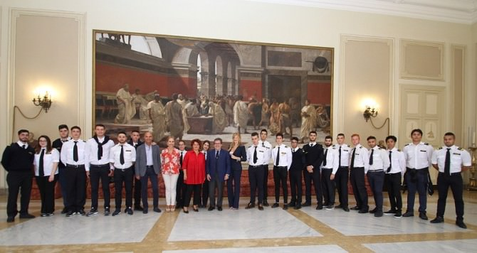 """Studenti """"Duca degli Abruzzi"""" di Catania: inizia l'alternanza scuola-lavoro"""