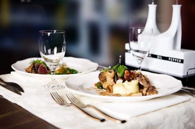 restaurant-646678_960_720