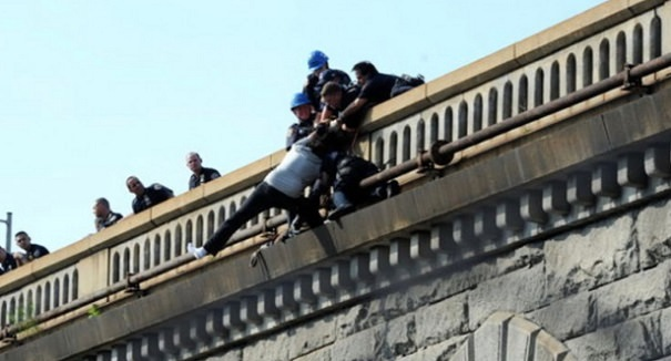 tentato-suicidio-ponte-jpg-siciliafan