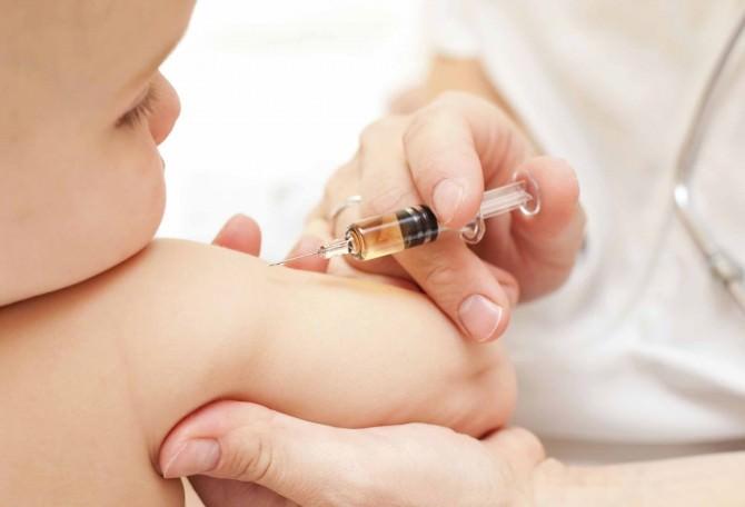 vaccinazione-bambini1