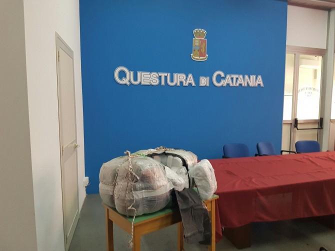 Camion carico di marijuana, gang della droga a Catania, sei in manette