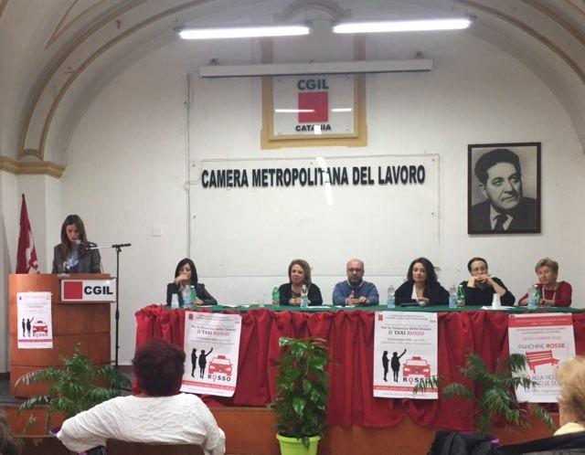 """Al via """"Taxi rosso"""" anti violenza: Cgil dalla parte delle donne"""