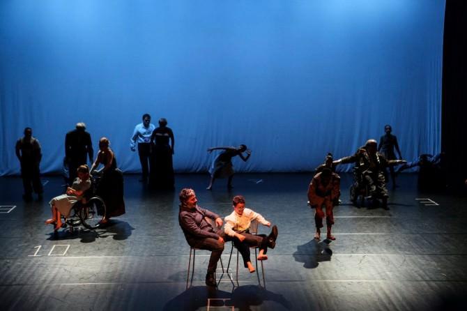 Invasioni: musica, danza e parole per la diversità che va oltre le frontiere e diventa protagonista
