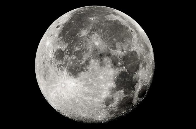 In arrivo la Super Luna, uno spettacolo unico e irripetibile