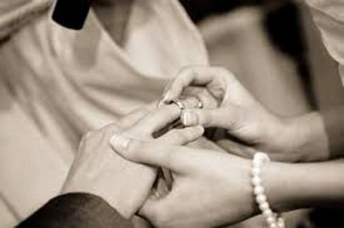 Sposarsi torna di moda: nozze in aumento ma durano meno