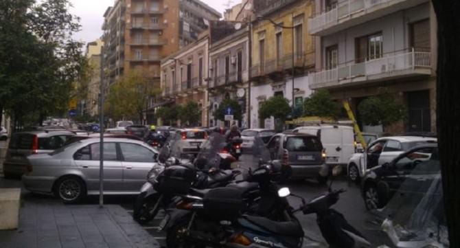 Traffico intenso a Catania: le zone centrali sono soffocate