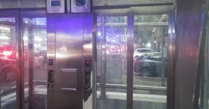 Metropolitana inaugurata da poche ore: arriva il primo atto di vandalismo
