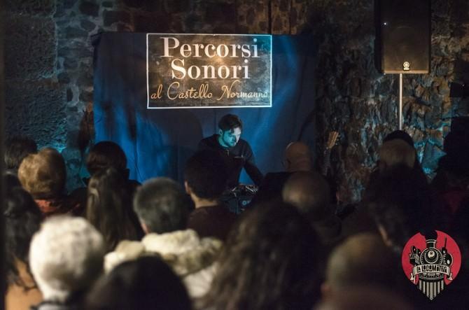 """Bruno Bavota incanta il pubblico tra i """"Percorsi Sonori"""" del Castello Normanno"""