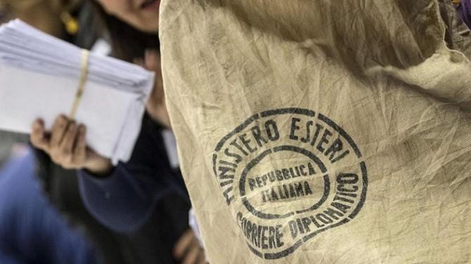 """Referendum: all'estero stravince il """"Sì"""""""