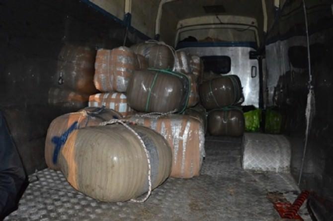 Gommone sospetto e 1 tonnellata di marijuana: milioni di euro nel commercio catanese