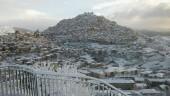 """La Sicilia si """"trasferisce"""" al Nord: neve su tutta l'isola. Prudenza e gelo protagoniste nelle prossime ore. I VIDEO"""