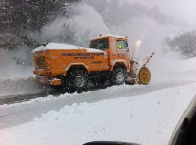 Continuano le nevicate sul palermitano: necessario l'intervento della protezione civile