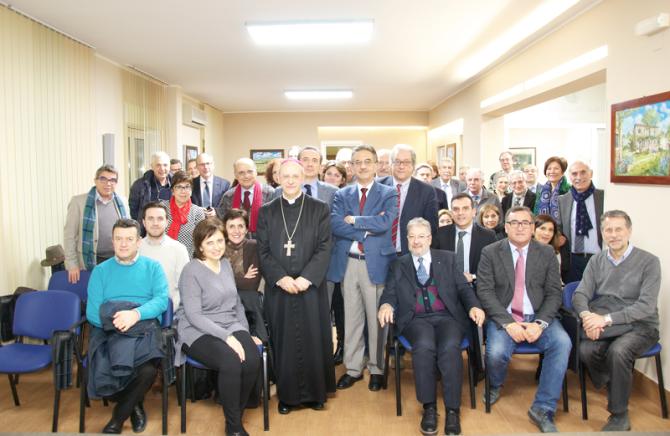Incontro vescovo con l'Ordine Medici CL