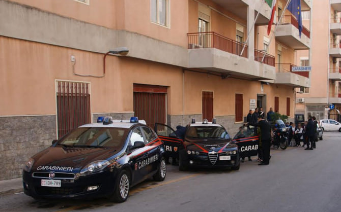 Siracusa, carabiniere donna si uccide con un colpo di pistola