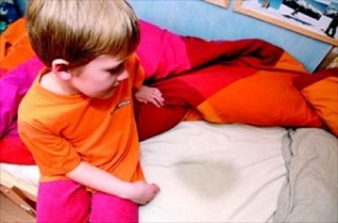 Francia yanis 5 anni massacrato per aver fatto pip a letto - Pipi a letto 6 anni ...