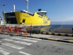 Paura al porto di Messina, traghetto si schianta al molo. FOTO