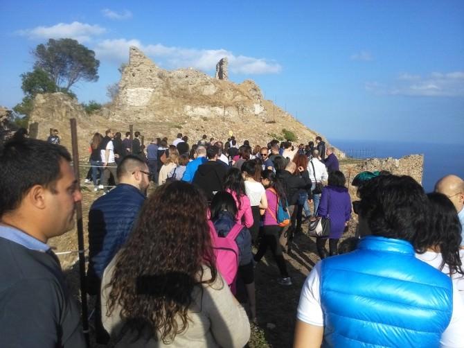 500 visitatori al Castello Pentefur di Svoca, 25 aprile seconda giornata