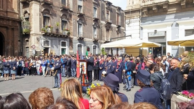 """La Polizia compie 165 anni, Gualtieri: """"A Catania meno reati come nel resto d'Italia"""""""