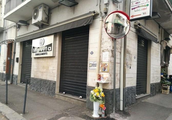 Dopo la morte di Domenico Crisafulli arriva l'installazione di uno specchio in via De Logu