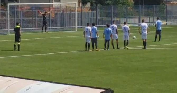 Catania-Paganese 2-1, rigore per gli ospiti (foto: calciocatania.com)