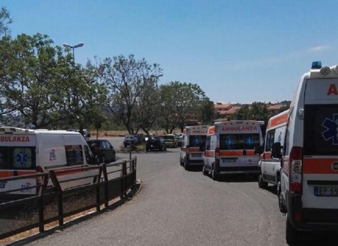 ambulanze in fila