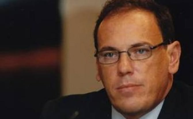 Corruzione: scritte solidarietà a Morace