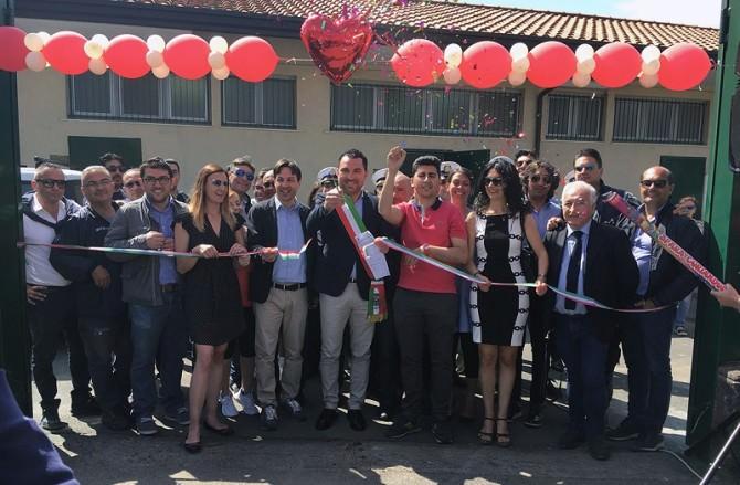 inaugurazione_campo_sportivo_taglio_del_nastro