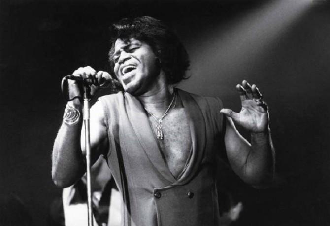 james-brown-performing-1982