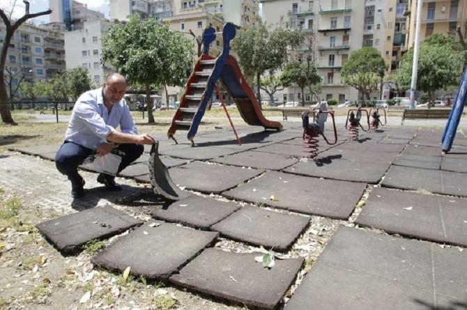 """Largo Bordighera nel degrado più totale: Mirenda: """"e il sindaco dov'è?"""""""